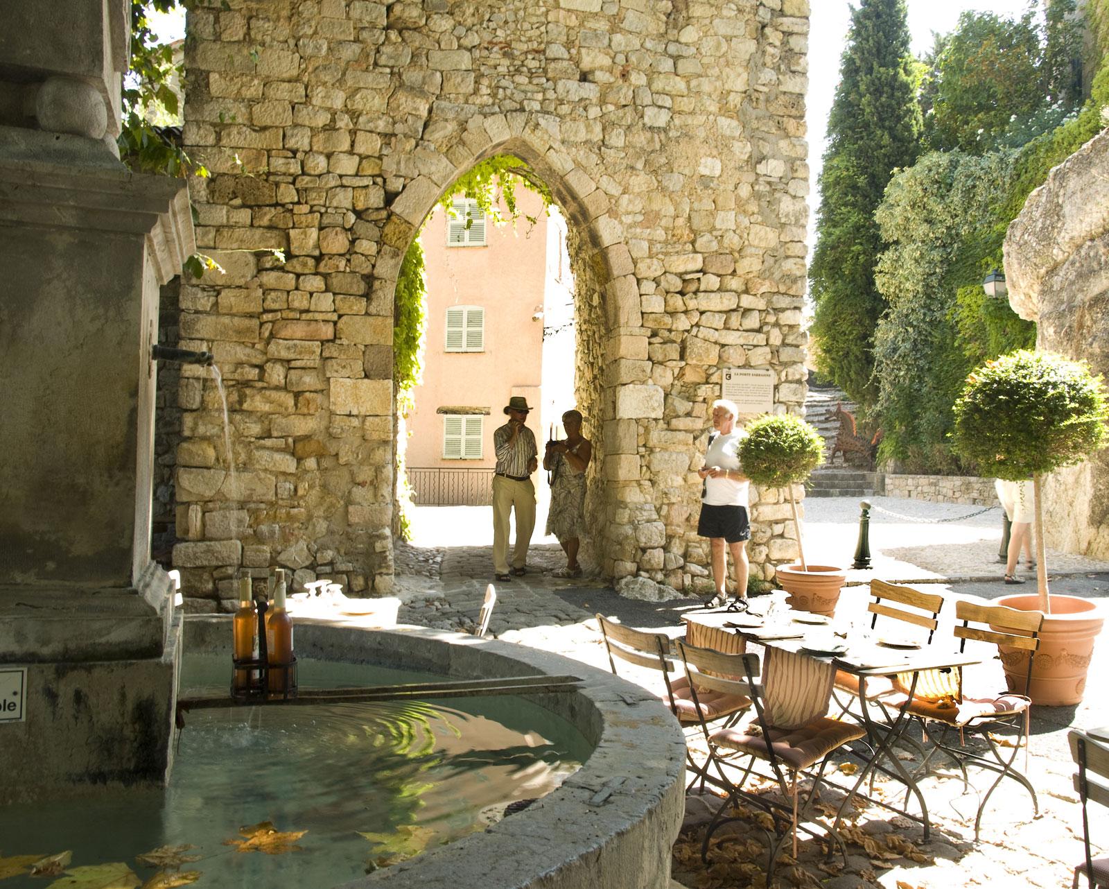Porte Sarrasine