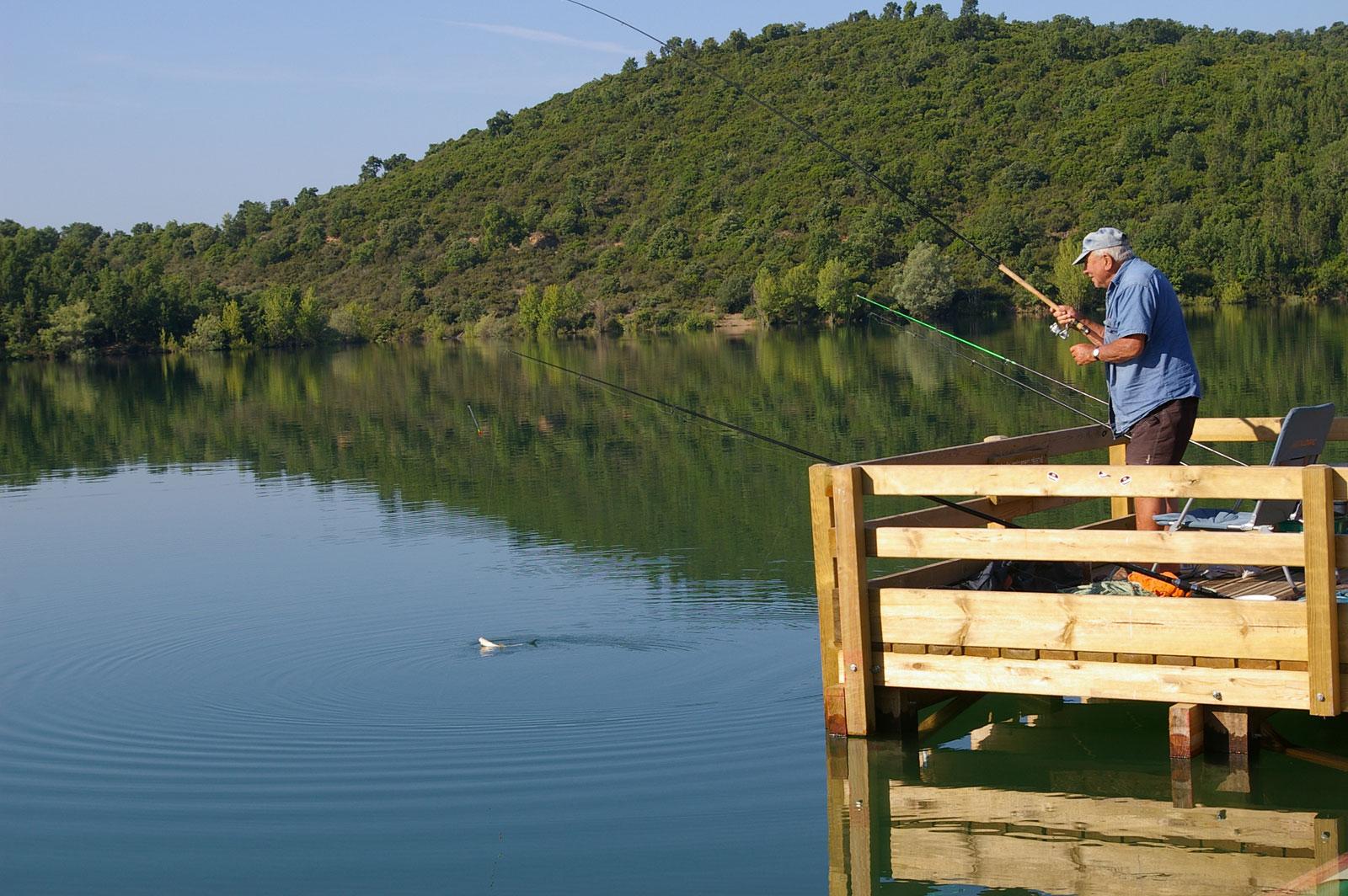 Pêche au Lac de Saint-Cassien