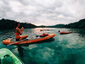 Coucher de soleil avec paddle-Lac de St Cassien