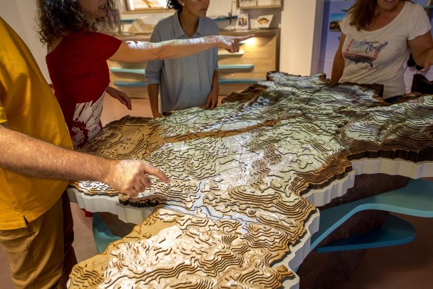 Table du Territoire à la Maison du Lac de Saint-Cassien
